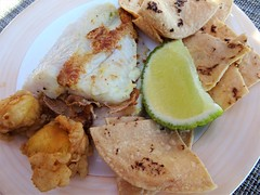Fish and Chips (knightbefore_99) Tags: mexico mexican oaxaca tropical dreams food delicious tasty lunch cuisine beach chips tortilla fish wonderful art lime