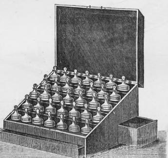 This image is taken from Catalogue pharmaceutique ou prix courant général de la Pharmacie centrale de France et de la Maison générale de Droguerie Ménier réunies