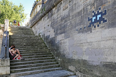 Paris 4ème - Paris (France) (Meteorry) Tags: europe france idf îledefrance paris spaceinvader spaceinvaders invader invaderwashere mur wall street rue art artderue pixels pa340 quaidebourbon îlesaintlouis people love amour black stairs escaliers summer été reactivation reactivated june 2018 meteorry