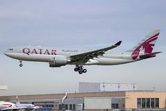 Qatar Airways - Airbus A330-203 A7-HJJ @ London Heathrow (Shaun Grist) Tags: a7hjj qr qatar qatarairways airbus a330 shaungrist lhr egll london londonheathrow heathrow airport aircraft aviation aeroplanes airline avgeek landing 27l