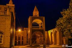 ISFAHAN (RLuna (Instagram @rluna1982)) Tags: irán persia parsi orientemedio desierto zoroastro zaratustra photo rluna rluna1982 viaje travel vacaciones instagramapp canon yazd arquitectura ruinas arte patrimoniodelahumanidad patrimoniodelaunesco mezquita masjid muslim musulman religión isfahan esfahan mosque khasan iglesia armenio