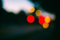 Traffic Lights - Intentional Blur (v2) (Poul-Werner) Tags: 800z aarhus danmark denmark poulwernerdam 53mm aften blur evening light lys night centraldenmarkregion