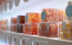 Gummy Candy (Xiao-Bu) Tags: canoneosm5 ef35mmf14lusm candy gummy peach