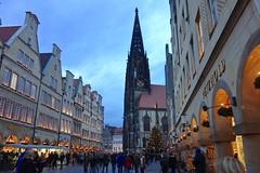 Kerstmarkt / Prinzipalmarkt / Münster (rob4xs) Tags: münster kerstmarkt weihnachtsmarkt nrw duitsland deutschland germany prinzipalmarkt stlambertikirche stlambertuskerk muenster favorite comment