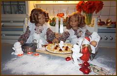 Anne-Moni und Tivi ... herzliche Grüße ... (Kindergartenkinder 2018) Tags: advent backen kindergartenkinder annemoni tivi