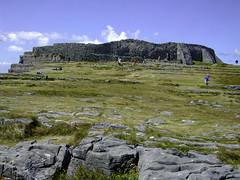 Dun Aengus Fortress, Inishmore Aran Islands, Galway Ireland (Gail K E) Tags: ireland éire aranislands dunaengus fortress bronzeage 1100bc scenic dúnaonghasa