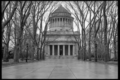 Grant's Tomb (colinpoe) Tags: trees newyorkcity rollfilmweek pentax kodakxx nyc supertakumar50mm pentaxspotmatic riversidepark grantstomb kodakfilm bw 35mm hc110 blackandwhite kodak5222