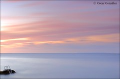 Escalera al mar. (oscanpa ( Oscar )) Tags: salidacanalla juan oscar sihayqueir sevá sino estontería costastaeulália colores mar nubes domingo 18noviémbre2018 flickerosdeibiza