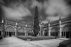 Claustro Real del Monasterio de Batalha (Leiria, Portugal) (Miguelanxo57) Tags: monasterio claustro arcos arquería gótico manuelino arquitectura batalha leiria portugal unesco