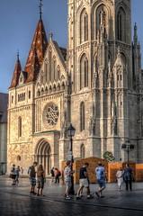Paseos por Budapest (bardaxi) Tags: budapest hungría hungary europa europe nikon hdr photomatix photoshop exterior contraste perspectiva color fachada iglesia basilica arte arquitectura urban city historia church monumento
