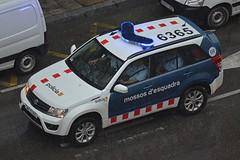 Mossos d'Esquadra (bleulights) Tags: mossos desquadra policia police polizia polizei policía rendőrség 警察 polisie polici شرطة polis полиция poliisi policija seguretat ciutadana seguridad ciudadana public safety straz miejska cme 6365 suzuki grand vitara