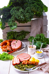 a delicious genuine oldenburger kale with peeked pinkel sausage (Blog Du Hí) Tags: restaurants meat winter kale sausage green dinner germany food plate traditional potatoes german pinkel hearty vegetables vegetable background oldenburg vitamin fresh healthy garden leaf herb north kitchen cooked grow raw crop frost smoked specialty bio mettwurst oleracea northern brassica plants autumn detail gruenkohl bowl grunkohl frisian pan smokedporkchop smokedsausage cabbage