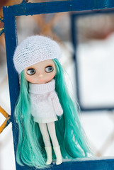 "Hatsune Miku Meets Blythe • <a style=""font-size:0.8em;"" href=""http://www.flickr.com/photos/112060339@N03/45970244804/"" target=""_blank"">View on Flickr</a>"