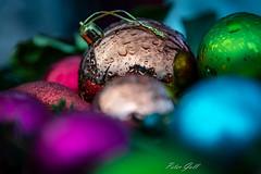 Christbaumkugeln 0628 (Peter Goll thx for +10.000.000 views) Tags: 2018 weihnachtsmarkt hemhofen bayern deutschland de christbaumkugel regen rain bauble landweihnacht franken