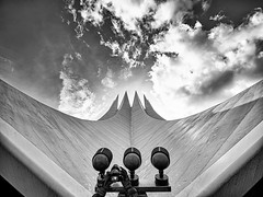 Shooting Sights | Sky is the Limit (Silke Klimesch) Tags: berlin deutschland germany tempodrom architecture blackandwhite clouds sky dramatic camera hands photographer photobomb wideanglephotography ultrawideangle laowacdreamer75f2 laowa75mmf2mft venusoptics primelens ultrawideanglelens wideangle 15mm rectilinear olympus em5markii microfourthirds luminar on1photoraw2019 lightroom schwarzweis noiretblanc blancoynegro biancoenegro pretoebranco svartvit чёрнобелый 黑白​的 crazytuesday