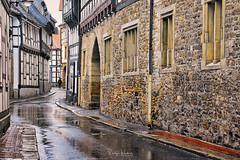 Regen (r.wacknitz) Tags: goslar niedersachsen harz altstadt architektur regen reflection wet wetter nikond3400 tamron18200 nikcollection historic worldheritage
