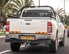 4704030 (rOOmUSh) Tags: hilux toyota white 47xxx30