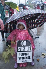 DSC00259 cropped copy (Professional Association of Milwaukee Public Educa) Tags: lateacherstrike joebrusky unitedteachersoflosangeles utla mtea strike teachers california losangeles union picketline arletahighschool