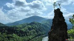 At the top of the ruins (Szymon Karkowski) Tags: outdoor landscape sky clouds forest meandr river vag mountains litle fatra old castle slovakia strečno canon eos 1200d