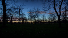 Hyde park by night (Toftus Photography) Tags: london gb uk greatbritain unitedkingdom england farve color hyde paark sunset night city bluesky clouds