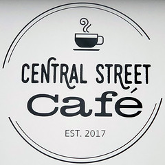 Central Street Café (Timothy Valentine) Tags: squaredcircle sign 2019 large 0119 eastbridgewater massachusetts unitedstates us
