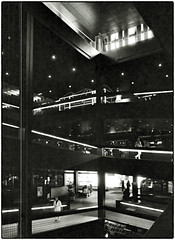 MünchenBeton • SCHWABYLON 1973-74 Interior (/RealityScanner/) Tags: germany deutschland bavaria bayern munich münchen schwabing leopoldstrase schwabylon building bauwerk gebäude architecture architektur beton 1973 architektjustusdahinden architekt schwarzweis blackandwhite scan kodak plusxpan