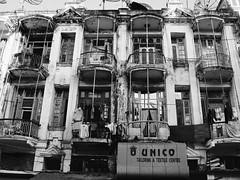 Colonial period building, Rangoon, Myanmar, December 2007. Immeuble d'époque coloniale, Rangoon, Myanmar, décembre 2007. (vdareau) Tags: noiretblanc blackandwhite photographiederue streetphotography rangoon birmanie burma myanmar asie asia asiedusudest southeastasia
