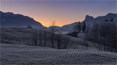 Morgenstund (Robbi Metz) Tags: deutschland germany bayern bavaria unterammergau altherrenweg landscape mountains sunrise colors canoneos