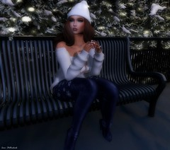 Cold Outside (Sαrα HєƖƖєяѕнαηкѕ) Tags: bento brunette blueberry boots reign runaway nonnude new foxcity fun winter cute catwa kustom9 erratic maitreya dappa sl secondlife