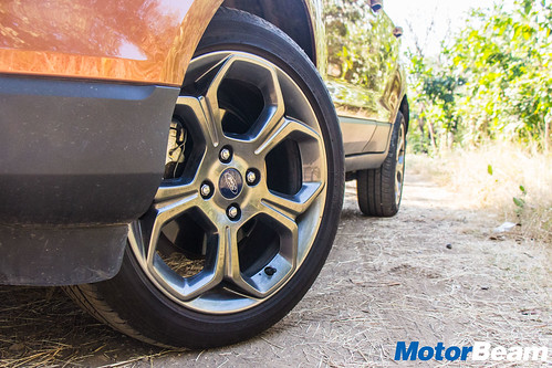 Ford-EcoSport-S-Long-Term-4