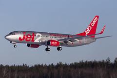 G-JZHZ Arlanda 2019 (martindjupenstrom) Tags: aircraft heavy landing runway winterwonderland arlandaairport airport airliner jet airplane winter arlanda boeing boeing737800 737ng jet2 jet2airways friendlylowfares