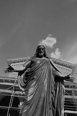 #statue #germany #leica #leicaimages #madeinwetzlar #leicam #blackandwhite #bw #monochrome #streetphotography (leonardoringo) Tags: statue germany leica leicaimages madeinwetzlar leicam blackandwhite bw monochrome streetphotography