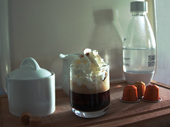 Café (F_Ted) Tags: café coffee break coffeetime arabica tasse thé pause dessert nespresso mug sucre sugar black petit noir cafe