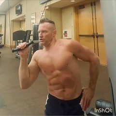 obliques (ddman_70) Tags: shirtless pecs abs muscle gym workout