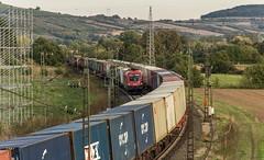 081_2018_09_26_Harrbach_ÖBB_1116_059_Moklibert_mit_KV ➡️ Gemünden_6152_016_DB_mit_Containerzzug ➡️ Würzburg (ruhrpott.sprinter) Tags: ruhrpott sprinter deutschland germany allmangne nrw ruhrgebiet gelsenkirchen lokomotive locomotives eisenbahn railroad rail zug train reisezug passenger güter cargo freight fret bayern maintal atlu bb byb db dispo eloc evb hctor lm öbb rpool sbbcargointernational siag slg sncb stock 0185 0425 0445 0620 1016 1116 1214 1428 1440 242 3202 6152 6182 6185 6186 6187 6189 6193 711 7186 es64u2 es64f4 logo natur outddor harrbach