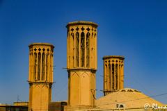 YAZD (RLuna (Instagram @rluna1982)) Tags: irán persia parsi orientemedio desierto zoroastro zaratustra photo rluna rluna1982 viaje travel vacaciones instagramapp canon yazd arquitectura ruinas arte patrimoniodelahumanidad patrimoniodelaunesco mezquita masjid muslim musulman religion