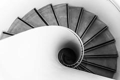 ARCHI.0019 (Artifakts_Photo) Tags: 24120mm artifakts d750 france lelouvre lens louvre musée nikon nord escalier visite