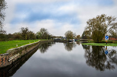 _DSC3024.jpg (Dave Simmonds) Tags: other canal river riversoar reflection leicestershire mooring water lock boat loughborough england unitedkingdom gb