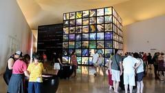 Terra - Museu do Amanhã (Luiz Carlos Targino Dantas) Tags: terra aterraéazul quemsomos matéria vidaéinovação museudoamanhã futuro riodejaneiro rj brasil canont7i