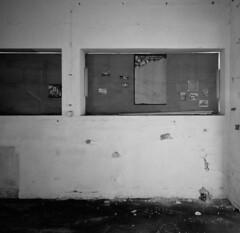 C 16 (andi_heuser) Tags: urbanexploration lostplaces gebäude building fabrik factory architektur architecture verlassen abandoned alt old zerstört destroyed film analog analogue schwarzweiss blackwhite schwarzweissfilm ilford ilforddelta3200 6x7 120 andiheuser