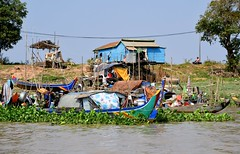 River life on the Mekong - Cambodia. (One more shot Rog) Tags: mekong mekongriver cambodia vietnam asia river boats canoe canoes onemoreshotrog