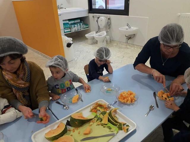 Photo 3 - La crèche familiale fête la citrouille