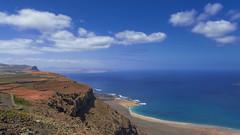 Lanzarote 14042018 733 (Dirk Buse) Tags: ye canarias spanien esp lanzarote canary islands view landscape point aussicht landschaft blick kanaren blue horizon ocean meer horizont blau sonne wolken clouds sunny travel holiday mft mu43 m43 olympus em1ii