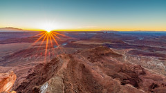 Sunrise over the Canyonlads (Jaideep Mann) Tags: sunrise star burst starburst sun rise canyonlands canyon lands utah colorado river sky colors snow water navajo sandstone sand stone pink red moab nps dead horse point deadhorse state park desert