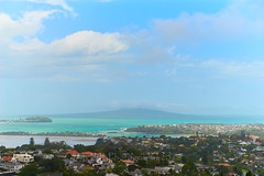 From Hinerau - Mt Hobson 02 (ArdieBeaPhotography) Tags: city cityscape suburb housing rangitoto island harbour red roofs bluesky blue sky cloud cumulus turquoise sea ocean sunshine shadow bridge trees