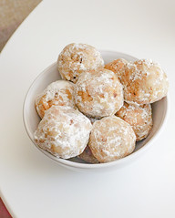 2018.12.07 Low Carbohydrate Walnut Snowball Cookies, Washington, DC USA 08990
