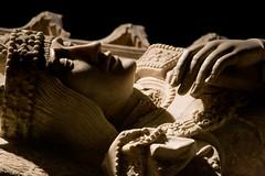 Sepulcro de Juan II de Aragón (Fernando Two Two) Tags: juanii joanii aragón catalunya catalonia poblet monestir monasterio sepulcro real rey king reial escultura sculpture art arte medieval renaissance renacimiento rinascimento tomb statue estatua fredericmares