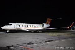 Gulfstream G650, N437GA, Yoozoo (www.il-photography.ch) Tags: bernbelp businessjet g650 gulfstream lszb n n678ga nacht yoozo rollen