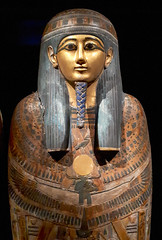 20181024_134207 (durr-architect) Tags: national museum antiquities leiden rijksmuseum oudheden exhibition godsofegypt ancient egyptian pantheon treasures sculptures gods goddesses magical papyri gold jewels painted mummy cases