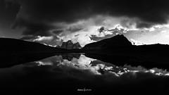 L'homme et le lac (daicaphoto) Tags: extérieur dolomites forêt nature sentier italie pierre randonnée panorama arbres montagne trecime
